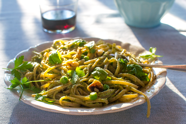 moestuin pasta pesto bord-0514
