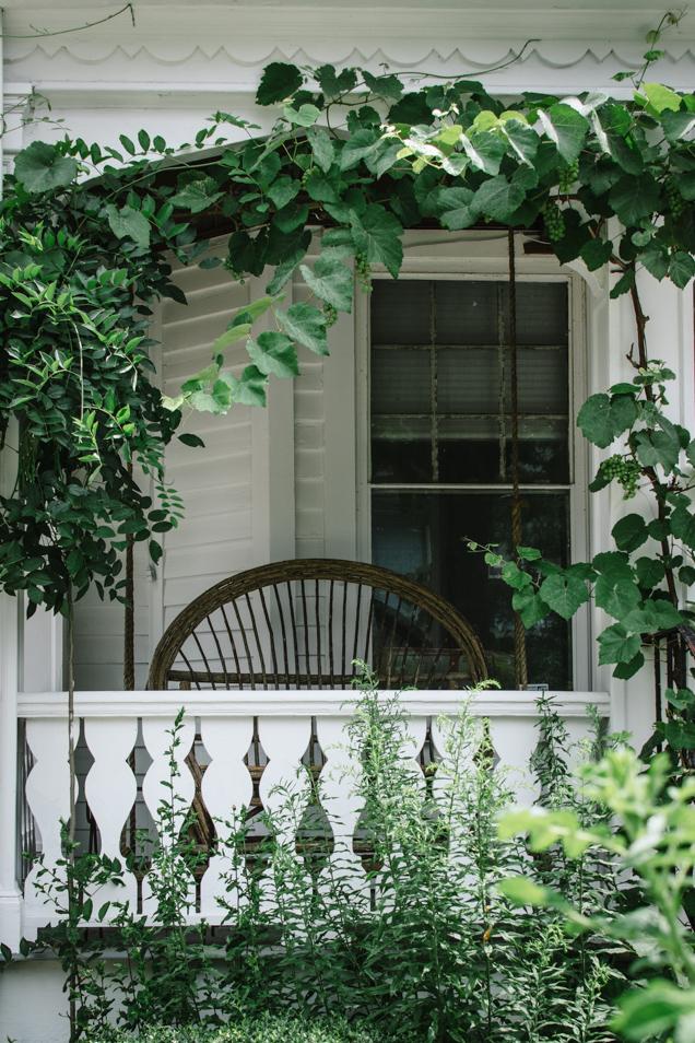 porch 2-4193