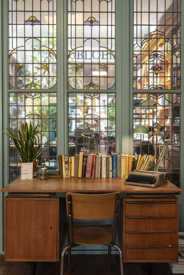 bookstor 3-7231